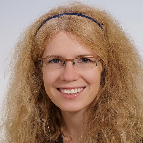 Portrait von Astrid Shchekina-Greipel